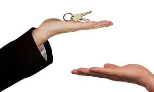 Er det mulig å selge bolig selv – uten megler?
